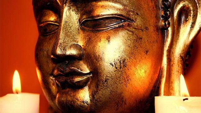Goldene Buddha-Statue | (c) Alphavision