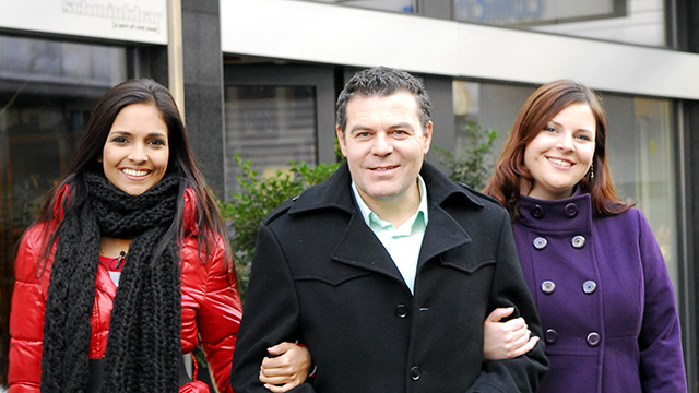 Graziella Rogers und Tania Woodhatch mit Ruedi Josuran | (c) ERF Medien