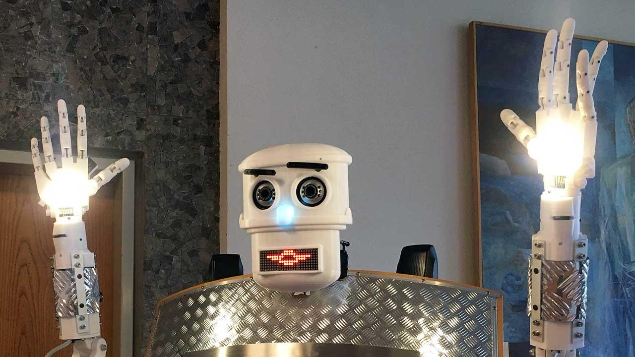 Segnungsroboter in Aktion