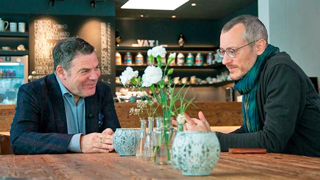Johannes Hartl und Ruedi Josuran im Gespräch