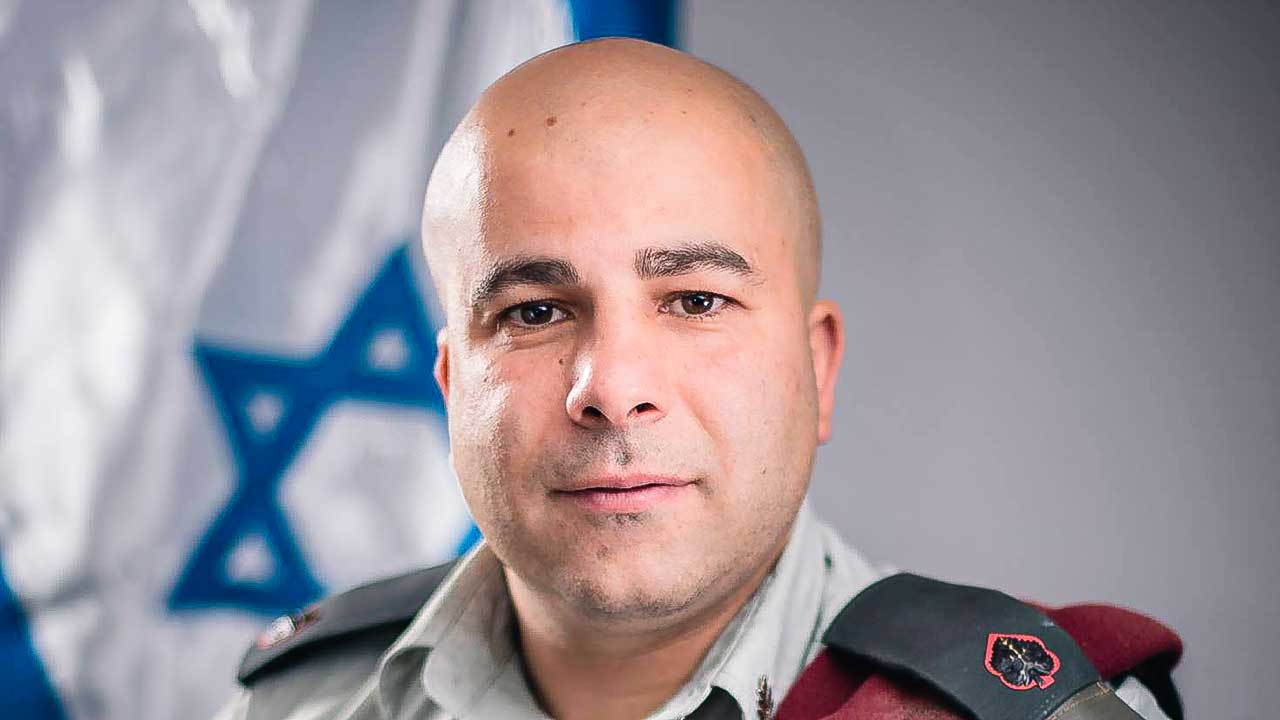 Arye Sharuz Shalicar in Uniform