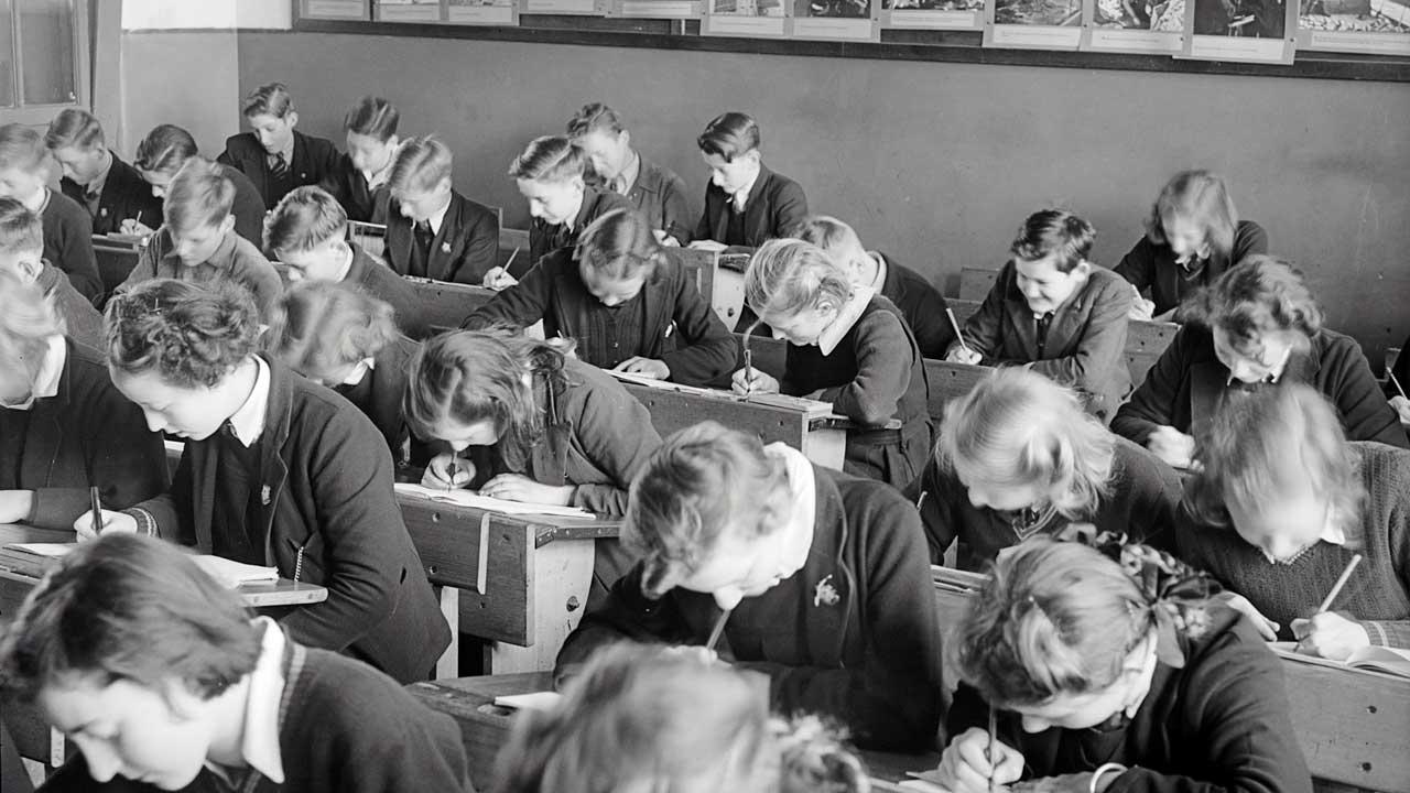 Schulkasse 1947 in Yallourn, Australien