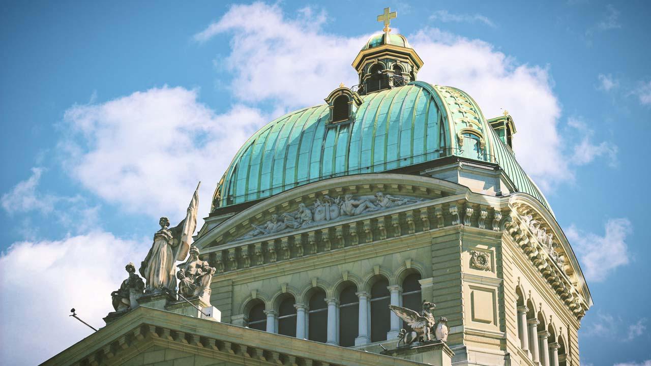 Bundeshaus Bern, Tagungsort des Schweizer Parlamentes | (c) unsplash