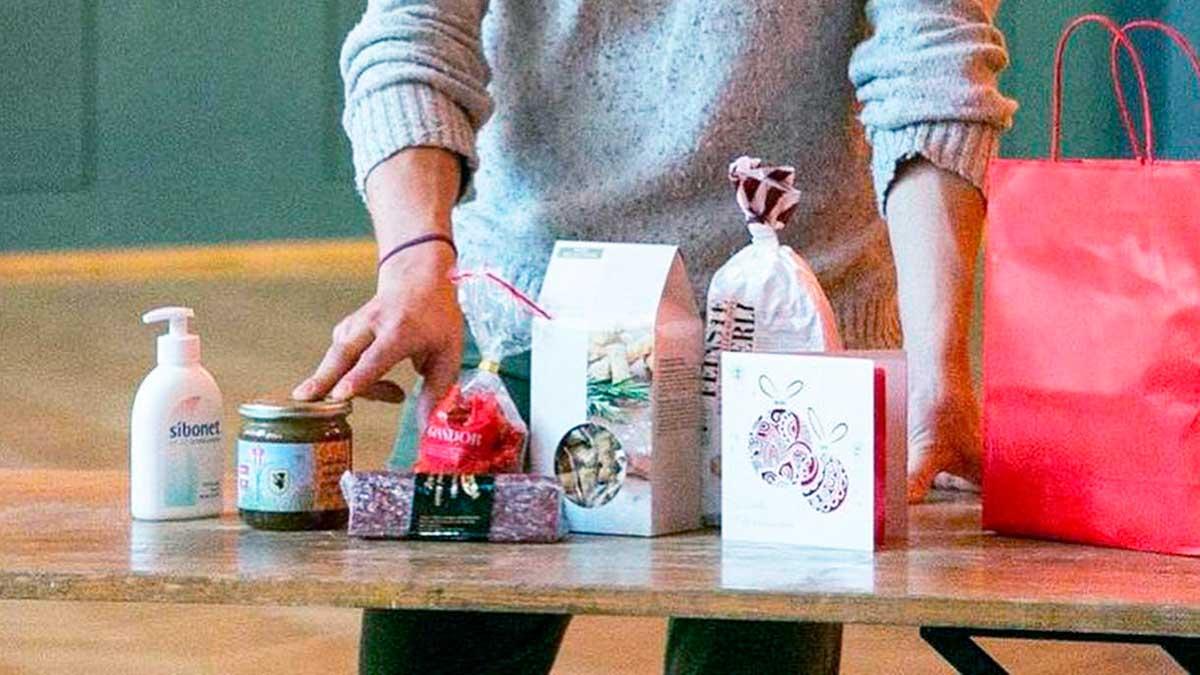Geschenke für die Gäste der abgesagten Kundenweihnacht in Kleinbasel