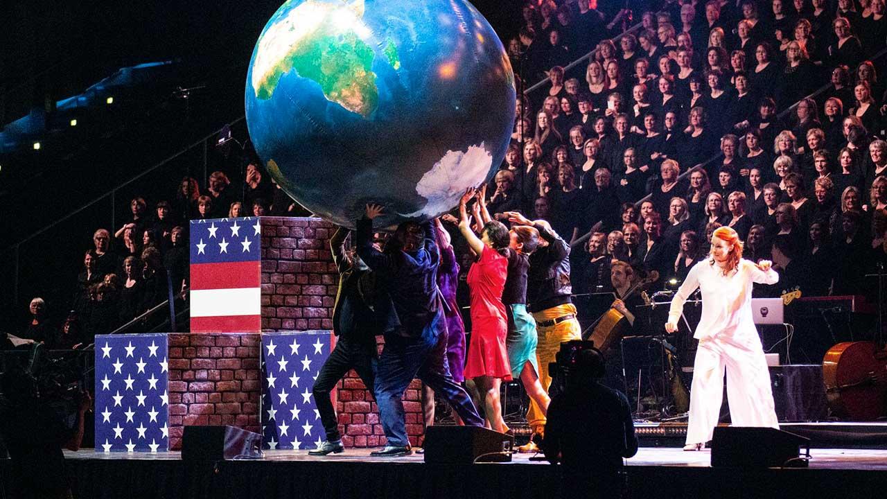 Szenenbild aus dem Chormusical «Martin Luther King» | (c) Stiftung Creative Kirche