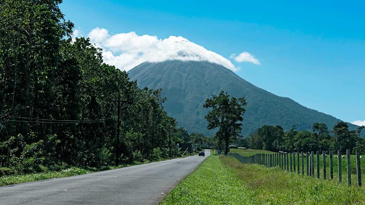 Strasse zum Vulkan Arenal in Costa Rica