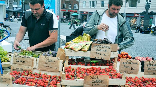 Migranten als Strassenhändler in Kopenhagen