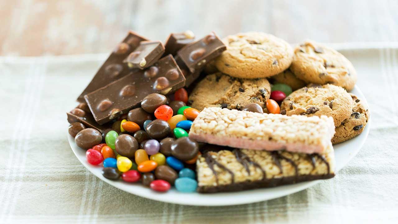 Wieviel Zucker ist gesund - Genuss von Schokolade und Cookies