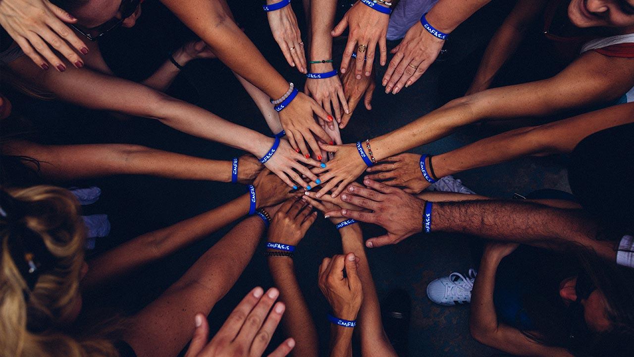 Gemeinsam für Flüchtlinge einstehen | (c) unsplash