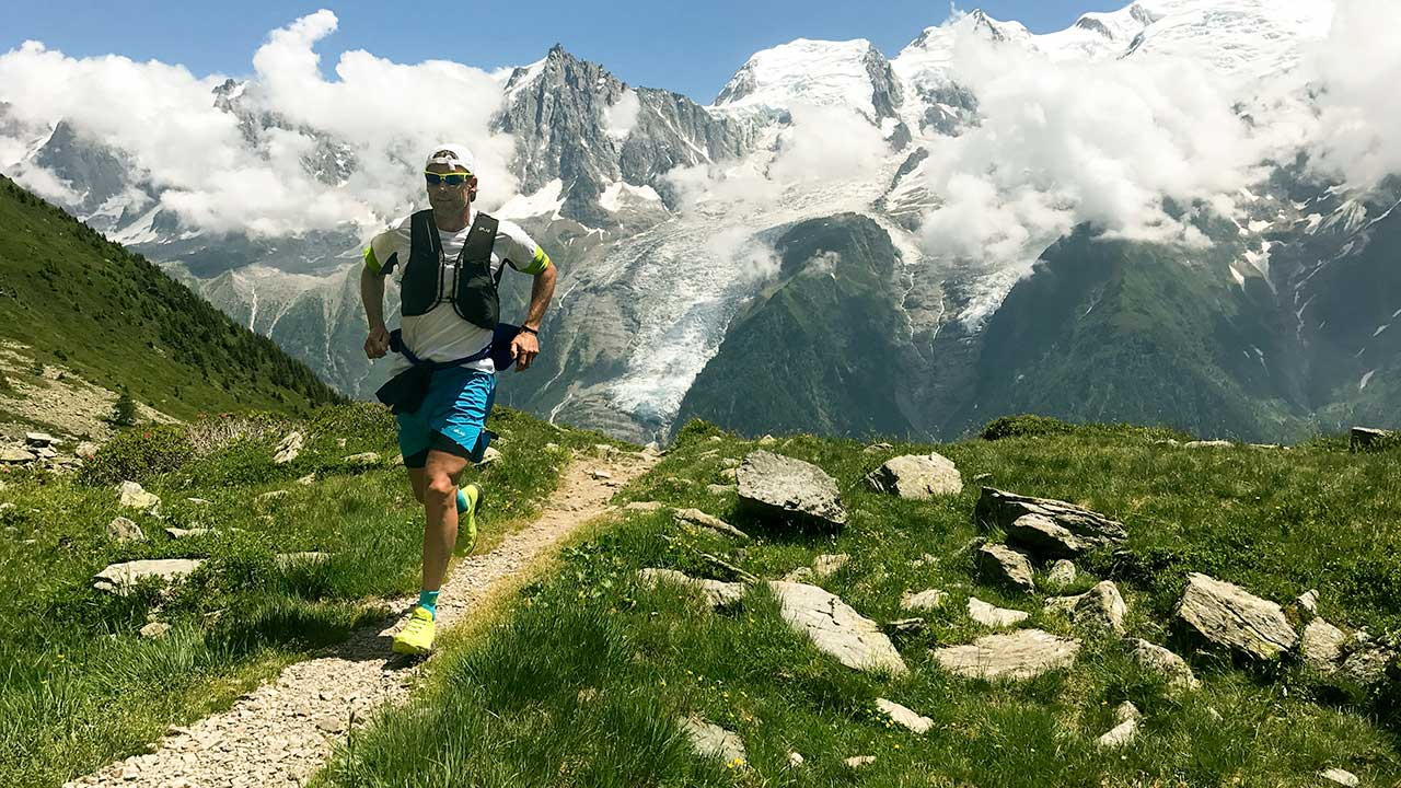 Trailrunner in den französischen Alpen