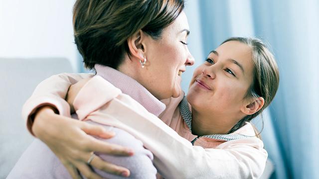 Mutter und Tochter versöhnt