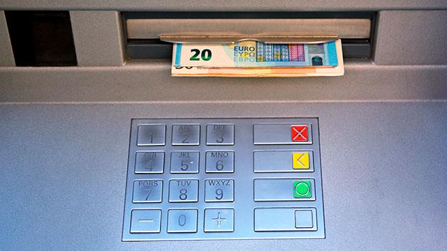 Geld im Automat