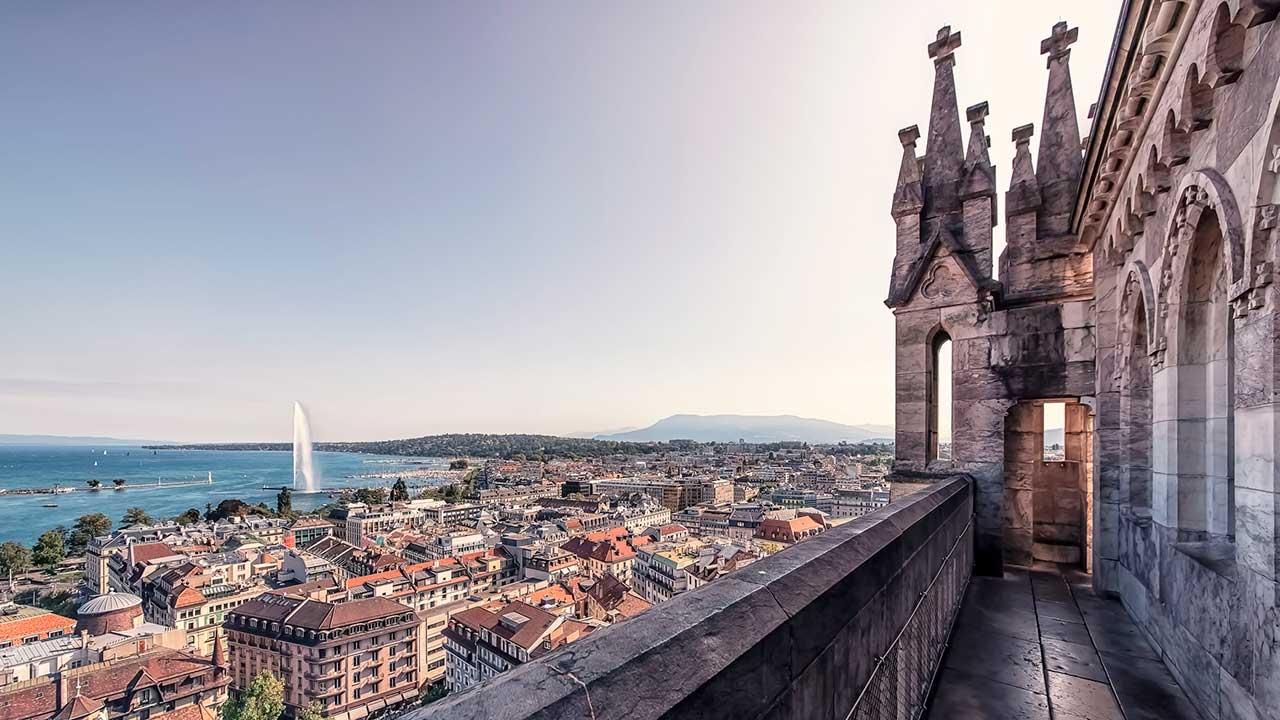 Blick von der Kathedrale auf Genf