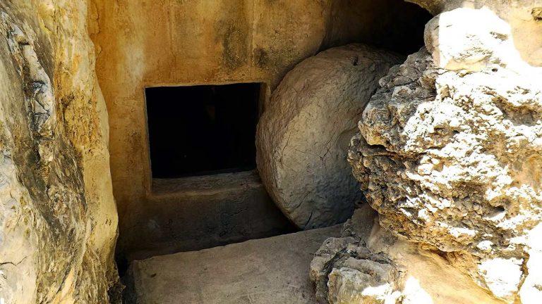 Das offene, leere Grab von Jesus Christus