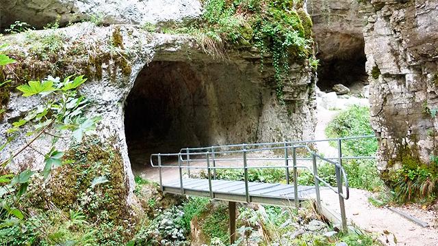 Höhlen der Tüfelsschlucht