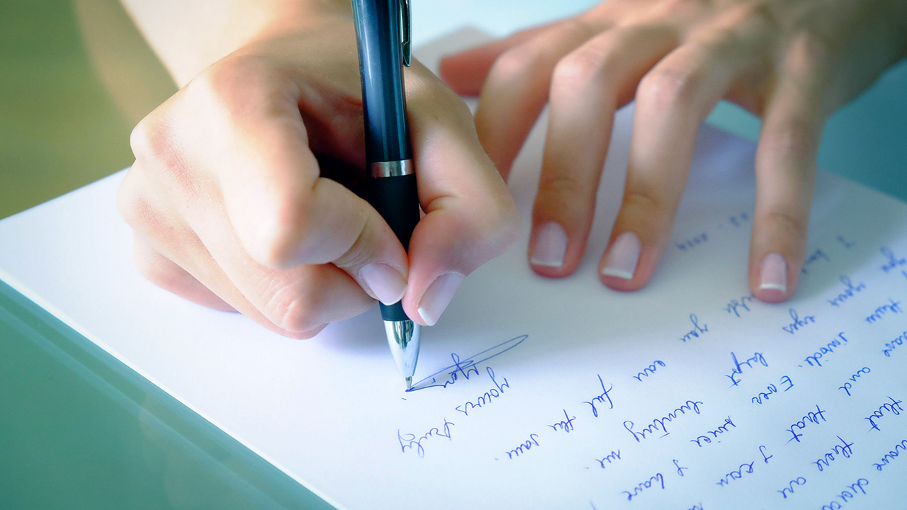 Ein Brief, von Hand geschrieben