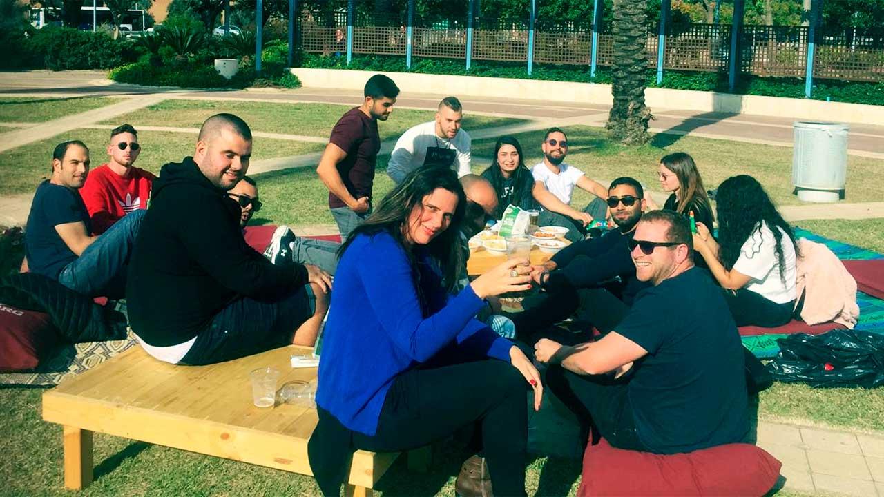 Studenten auf dem Campus des Sapir College | (c) Sapir College