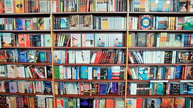 Bücher einer Buchhandlung in Toronto