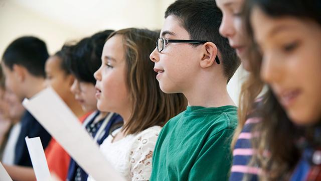 Kinder singen (c) 123rf