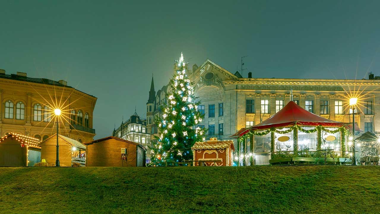 Weihnachtsbaum in Riga, Lettland | (c) 123rf
