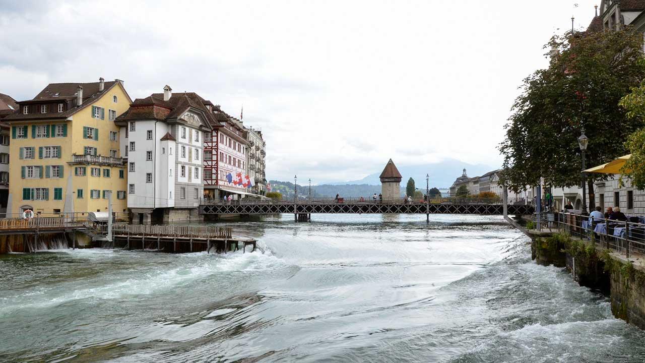 Innenstadt von Luzern mit Reuss