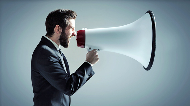 Kommunikation voll Rohr