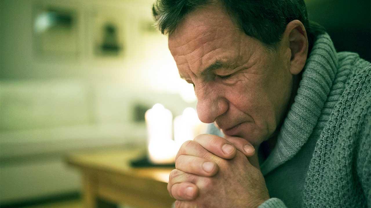 Voll konzentriert beim Gebet | (c) 123rf