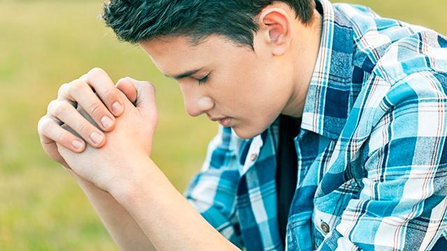 Volle Konzentration beim Beten