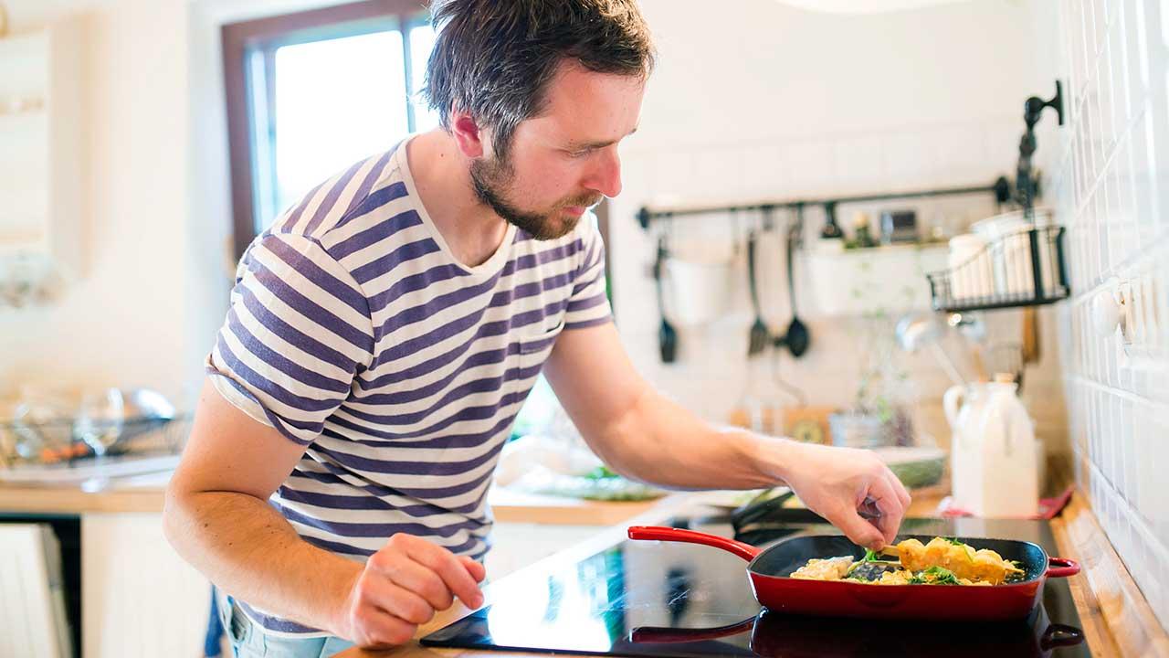 Konzentration beim Kochen