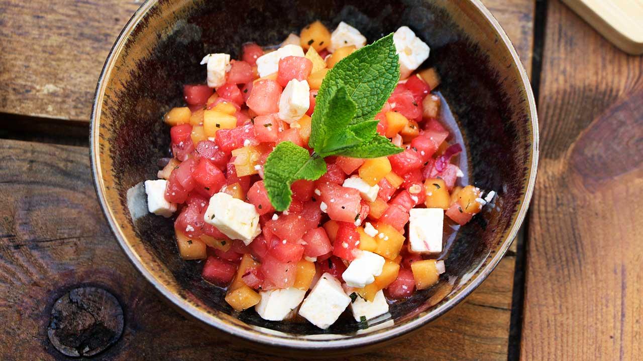 Melonen-Gurken-Salat mit Feta
