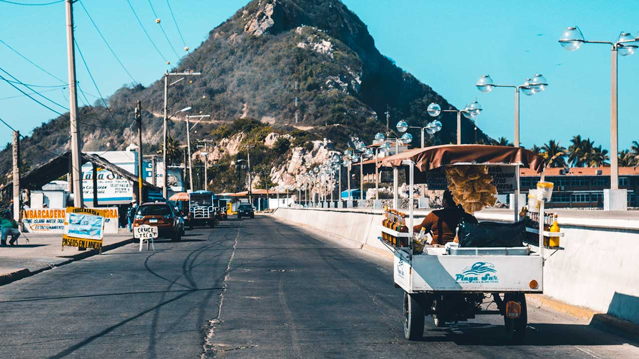 Strasse in Mazatlan, Mexiko
