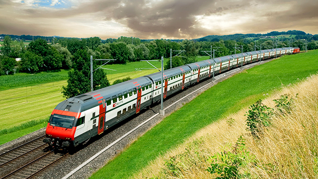 Intercity-Zug unterwegs