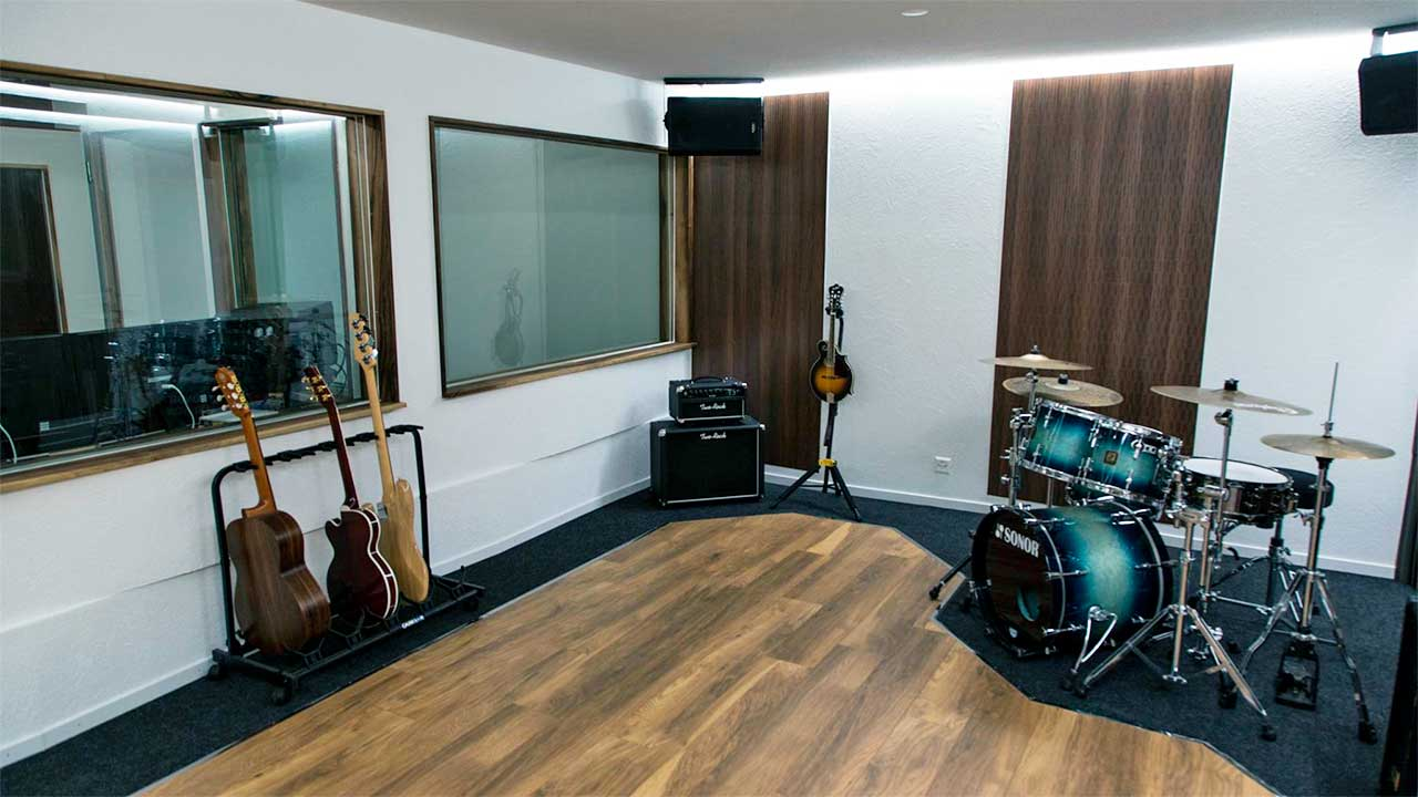 Studio von MixArt Records in Bern
