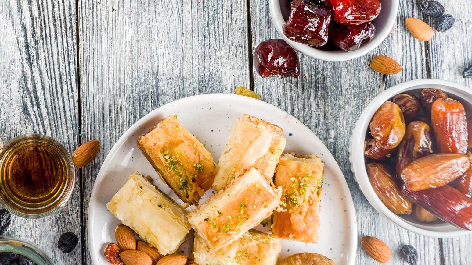 persische Süssigkeiten und Mandeln