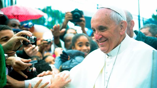 Papst Franziskus besucht in Brasilien eine Favela