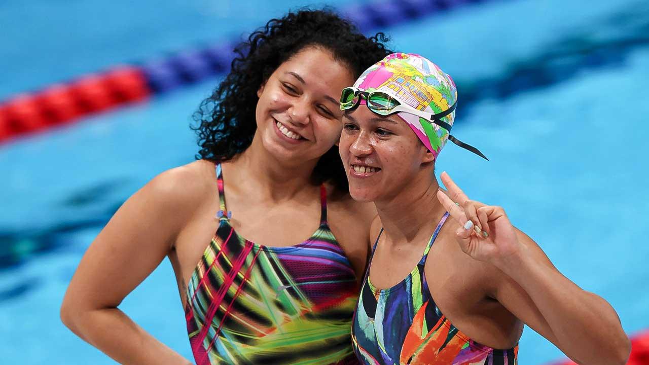 Zwei Schwimmerinnen an der Paralympic Games 2021