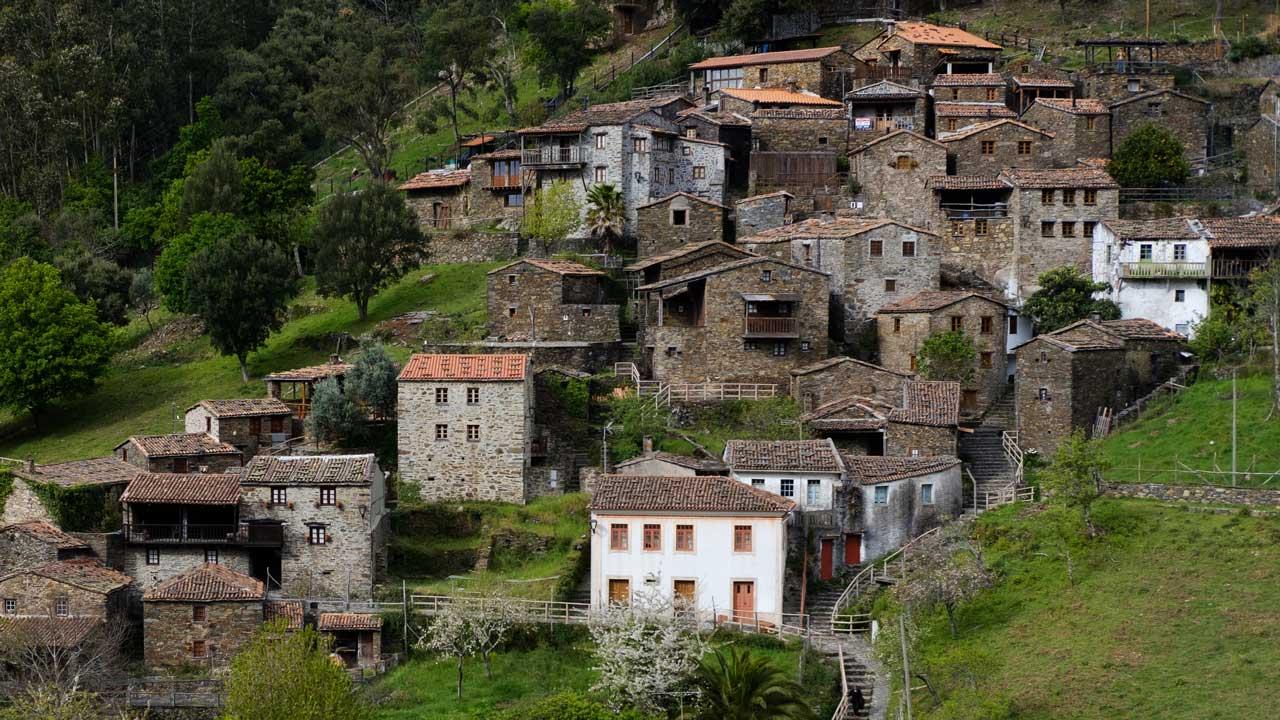 Steinhäuser von Candal, Portugal