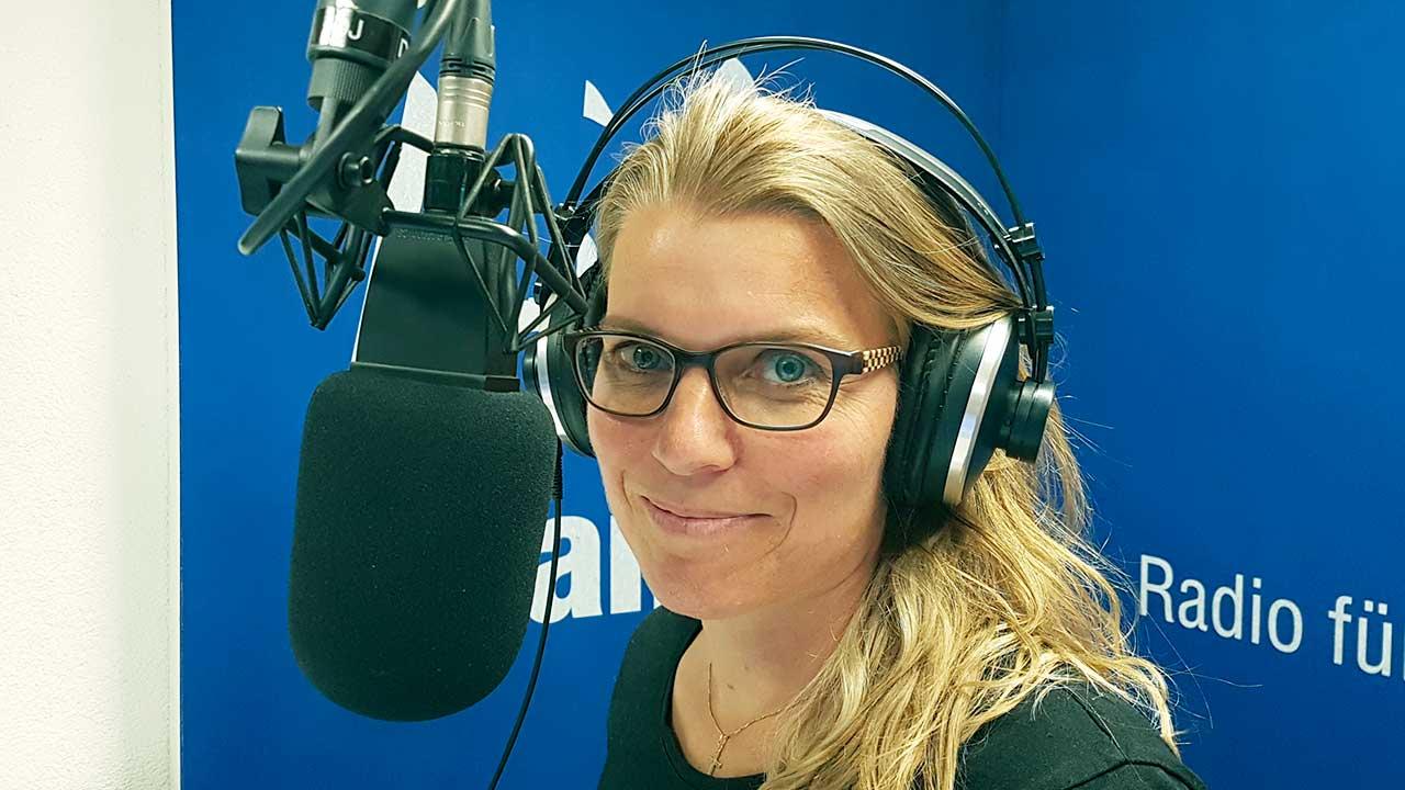 Redaktorin Regina Posthumus - Jüngster Teamzuwachs bei Radio Life Channel