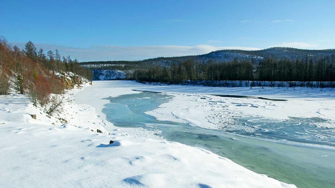 Fluss in Süd-Jakutien, Russland