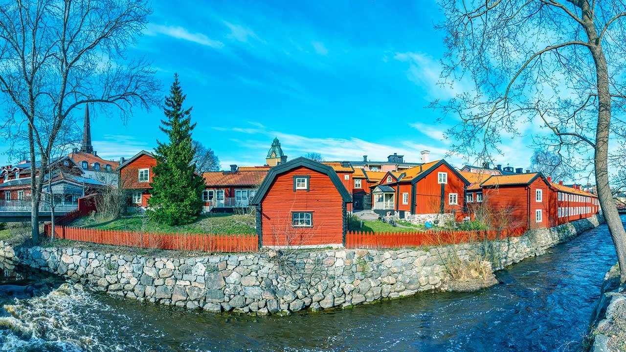 rote Häuser in Vasteras, Schweden