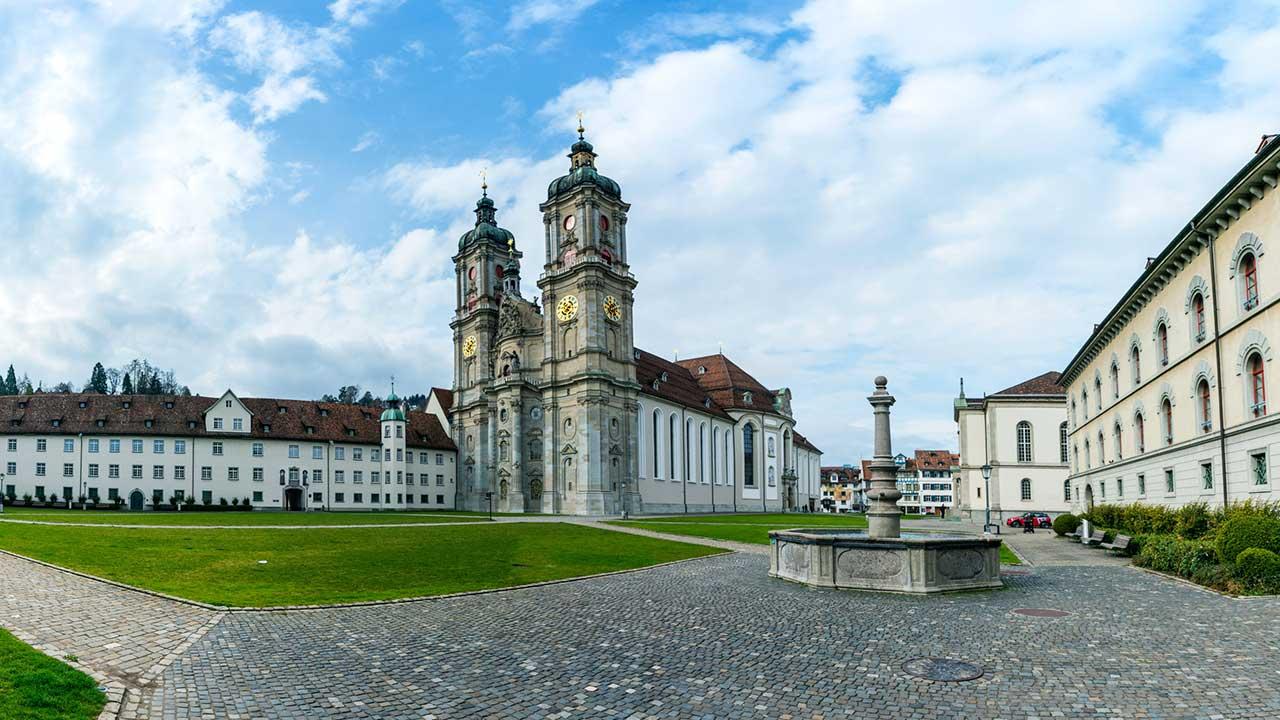 Stiftsbezirk mit Kloster in St. Gallen | (c) 123rf
