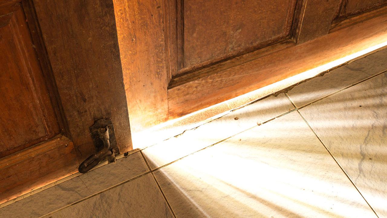 offene Tür | (c) 123rf