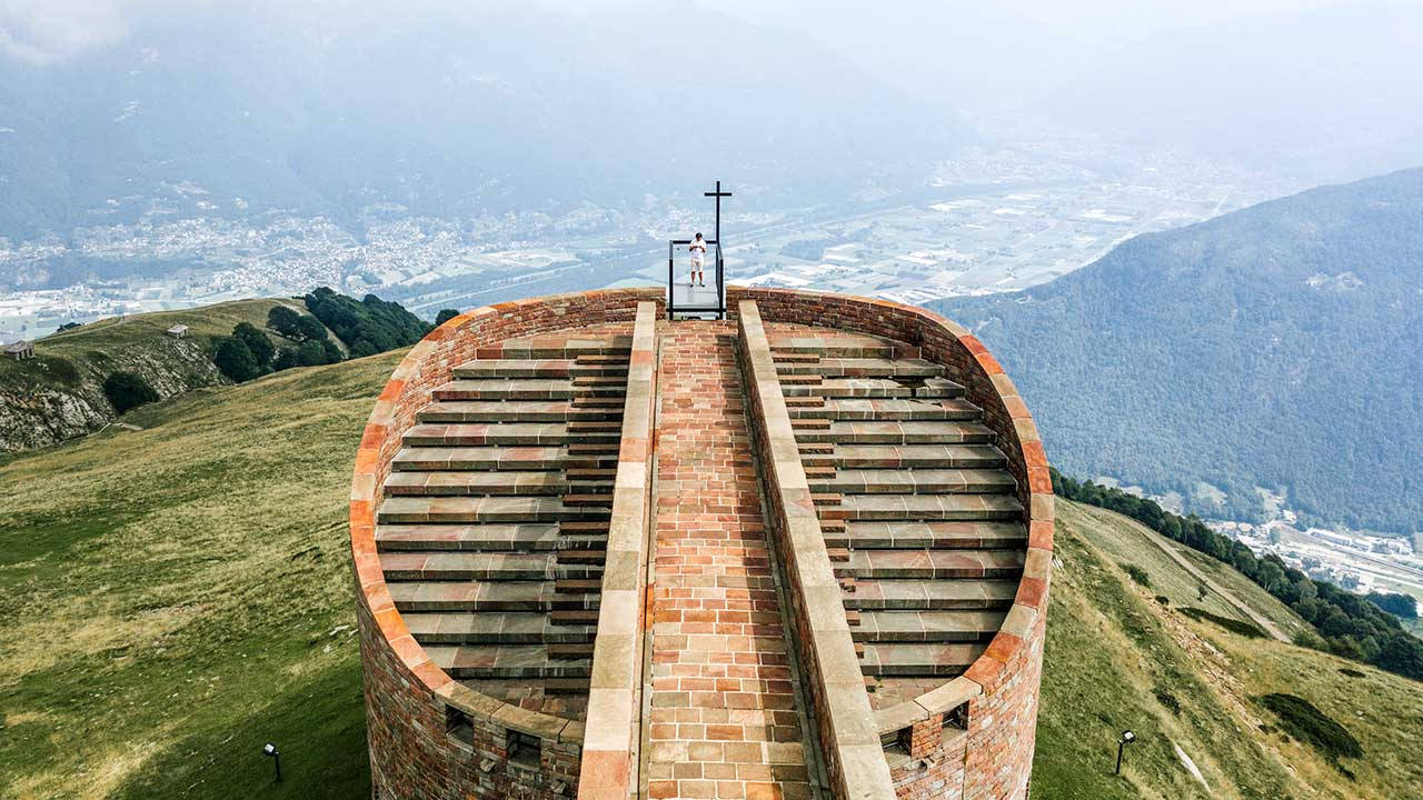 Kapelle Santa Maria degli Angeli auf dem Monte Tamaro im Tessin