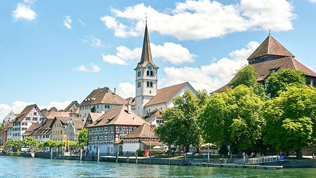 Diessenhofen TG mit Kirche