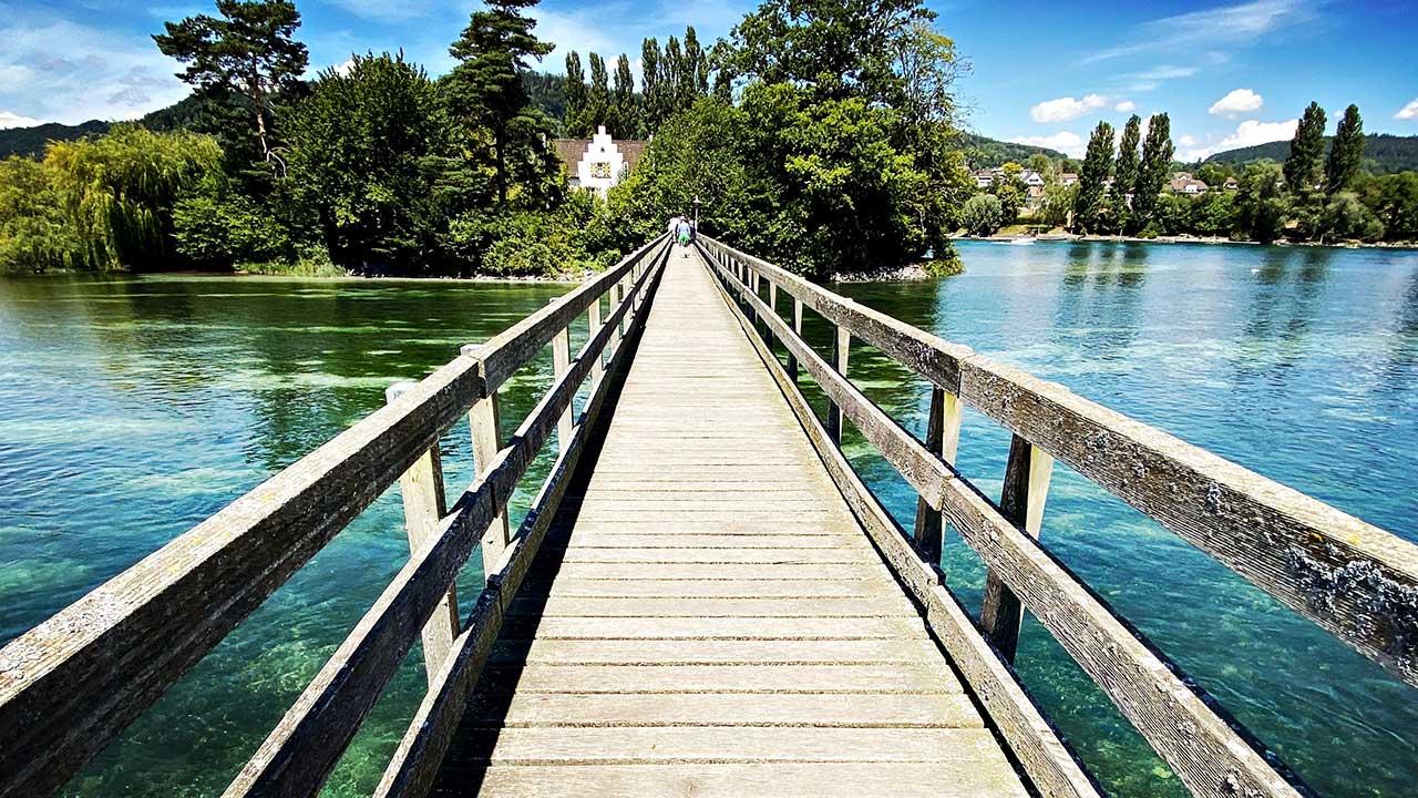 Brücke von Eschenz aus zur Insel Werd