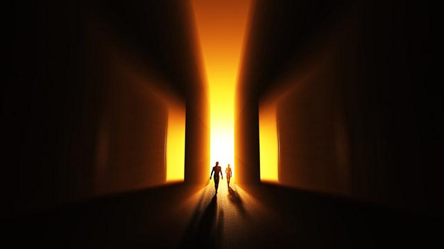 Das Licht am Ende des Tunnels | (c) Fotolia