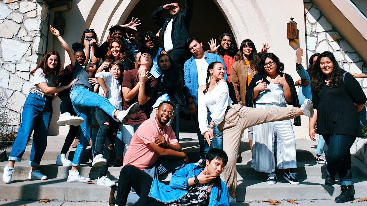 Gruppe junger Erwachsener in Pasadena, USA
