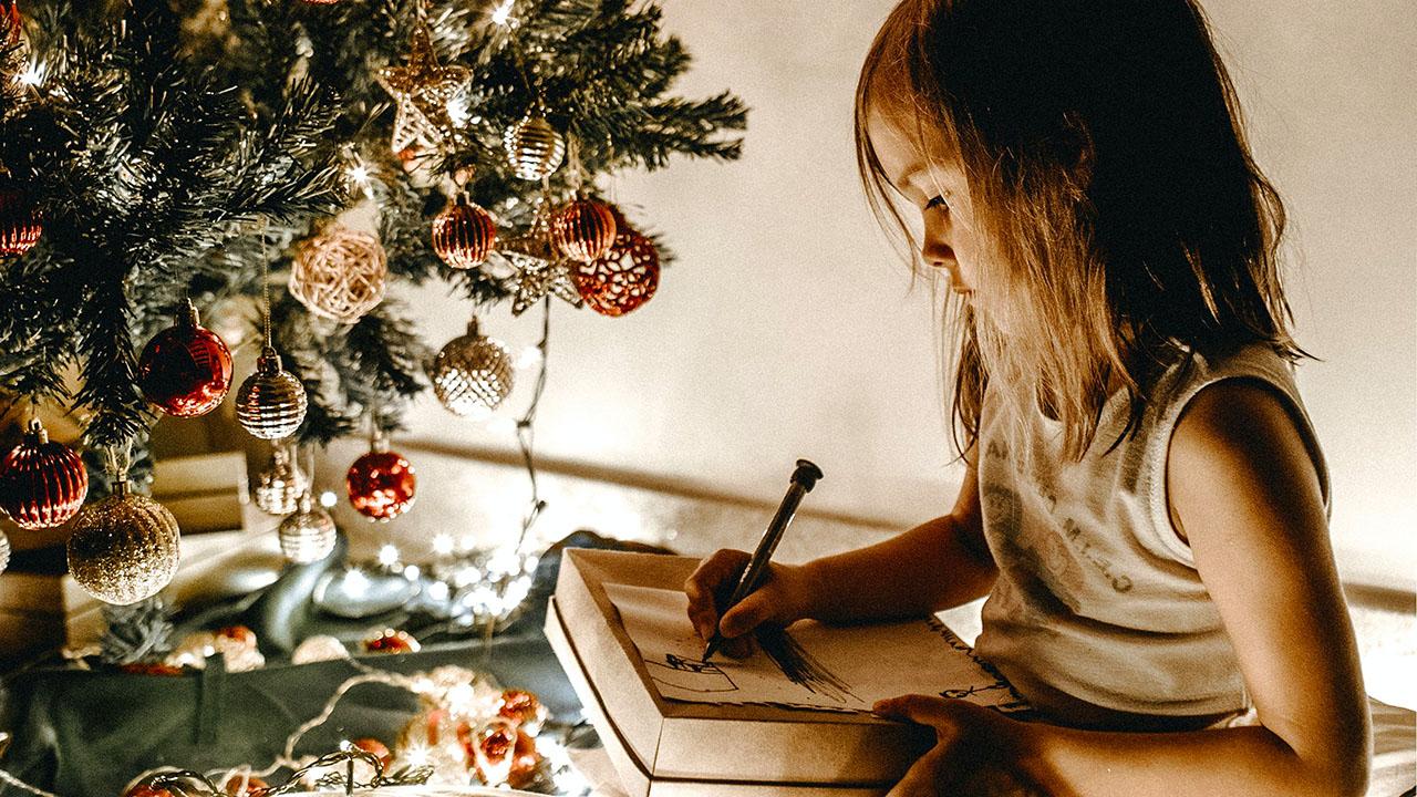 Unruhe im Stall - eine Weihnachtsgeschichte von Raphaela Caderas