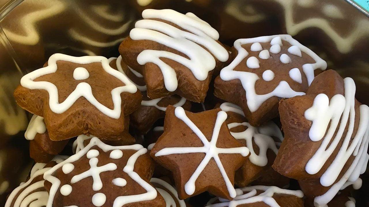 Weihnachtsguetzli - verzierte Lebkuchen   (c) Susanne