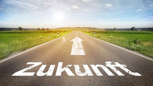 Zukunft auf Strasse geschrieben | (c) unbekannt